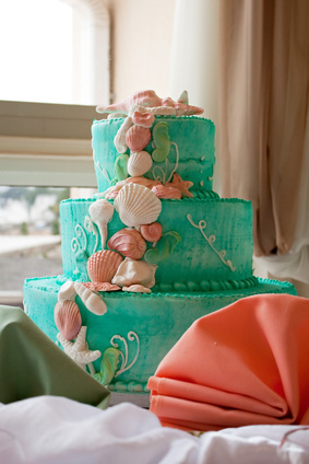 Make The Cake Unique And Personal By Choosing Special Flavors Colors Decorations Toppers Here Are A Few 50th Anniversary Ideas To Get You