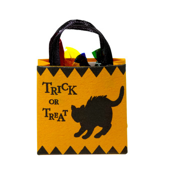 homemade halloween treat bags - Halloween Treat Holders