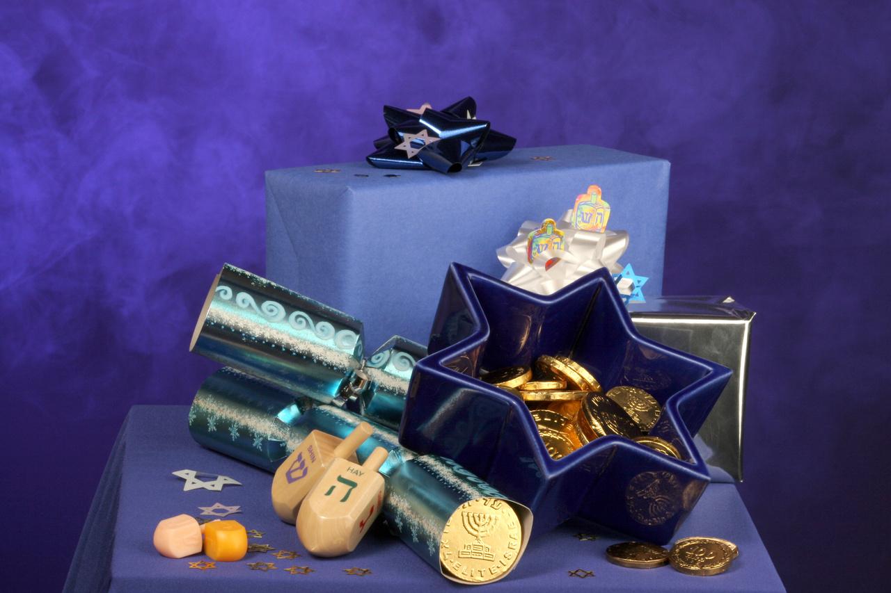 decorations for hanukkah - Hanukkah Decorations