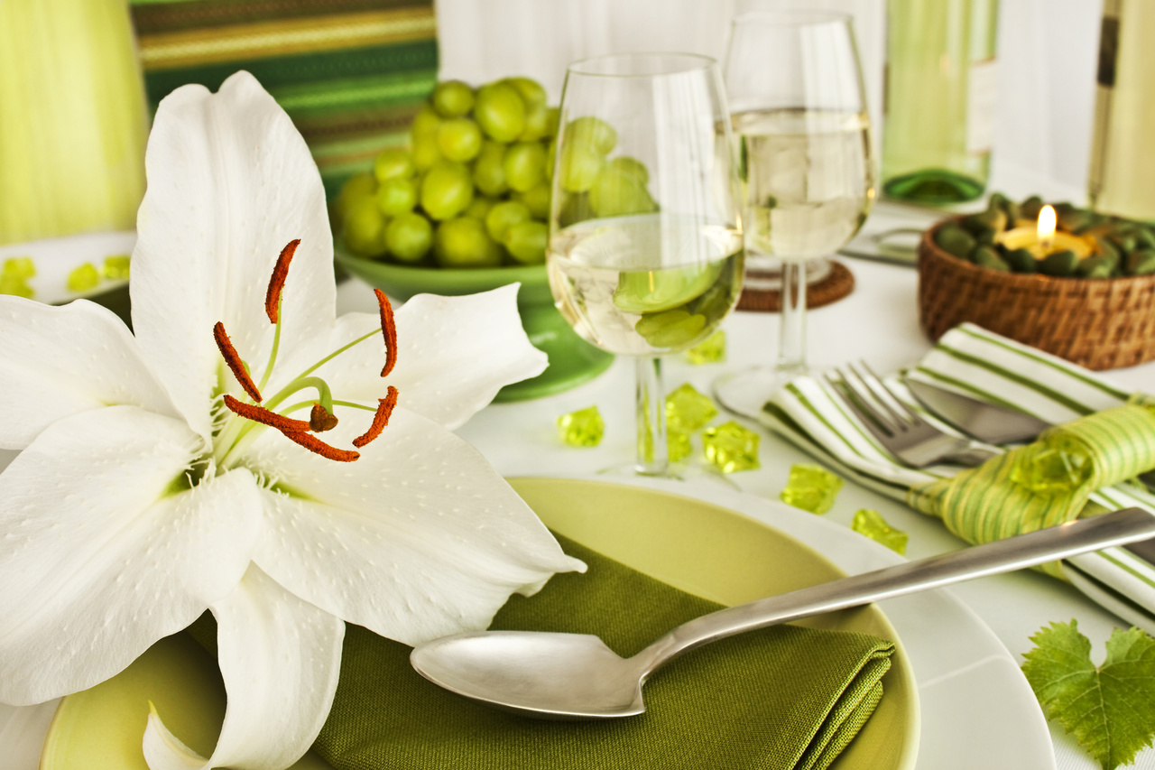 Dinner party decorations - Dinner table decoration ideas ...
