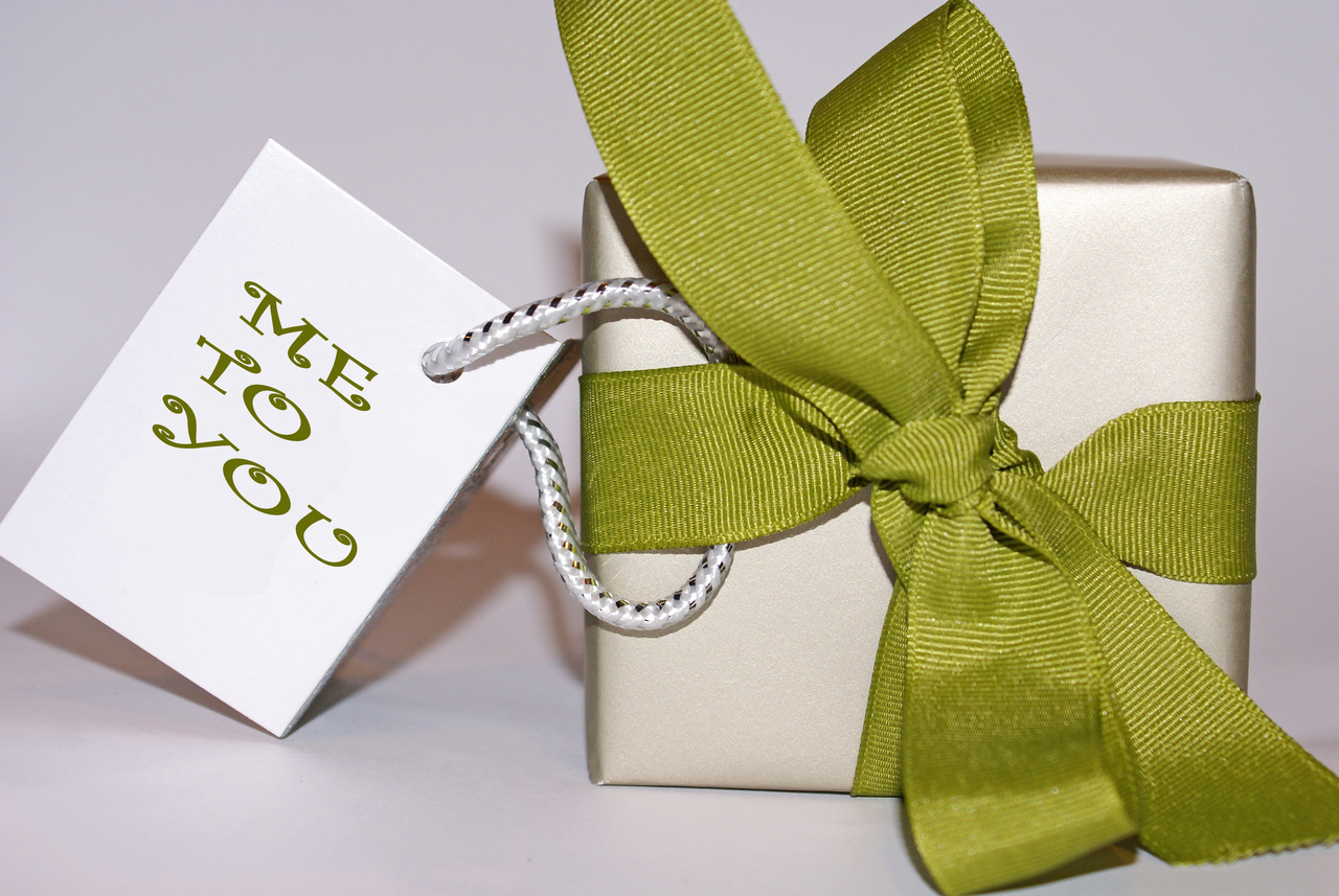 Personalizing your holiday gift giving for Edible christmas gifts to make in advance