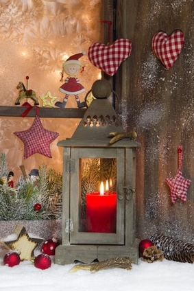 Christmas window decorations for Christmas window ideas