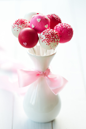 Cake Pop Designs Valentines Day : Red Velvet Cake Pops Recipe