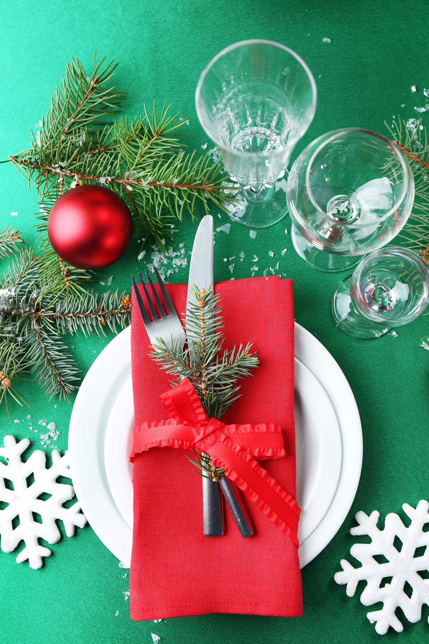 DIY Candy Cane Christmas place setting