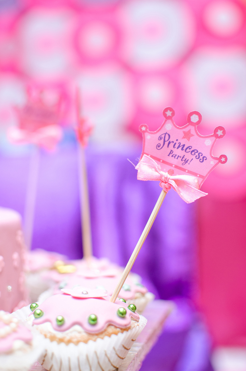 Fine Princess Themed 1St Birthday Cake Personalised Birthday Cards Veneteletsinfo