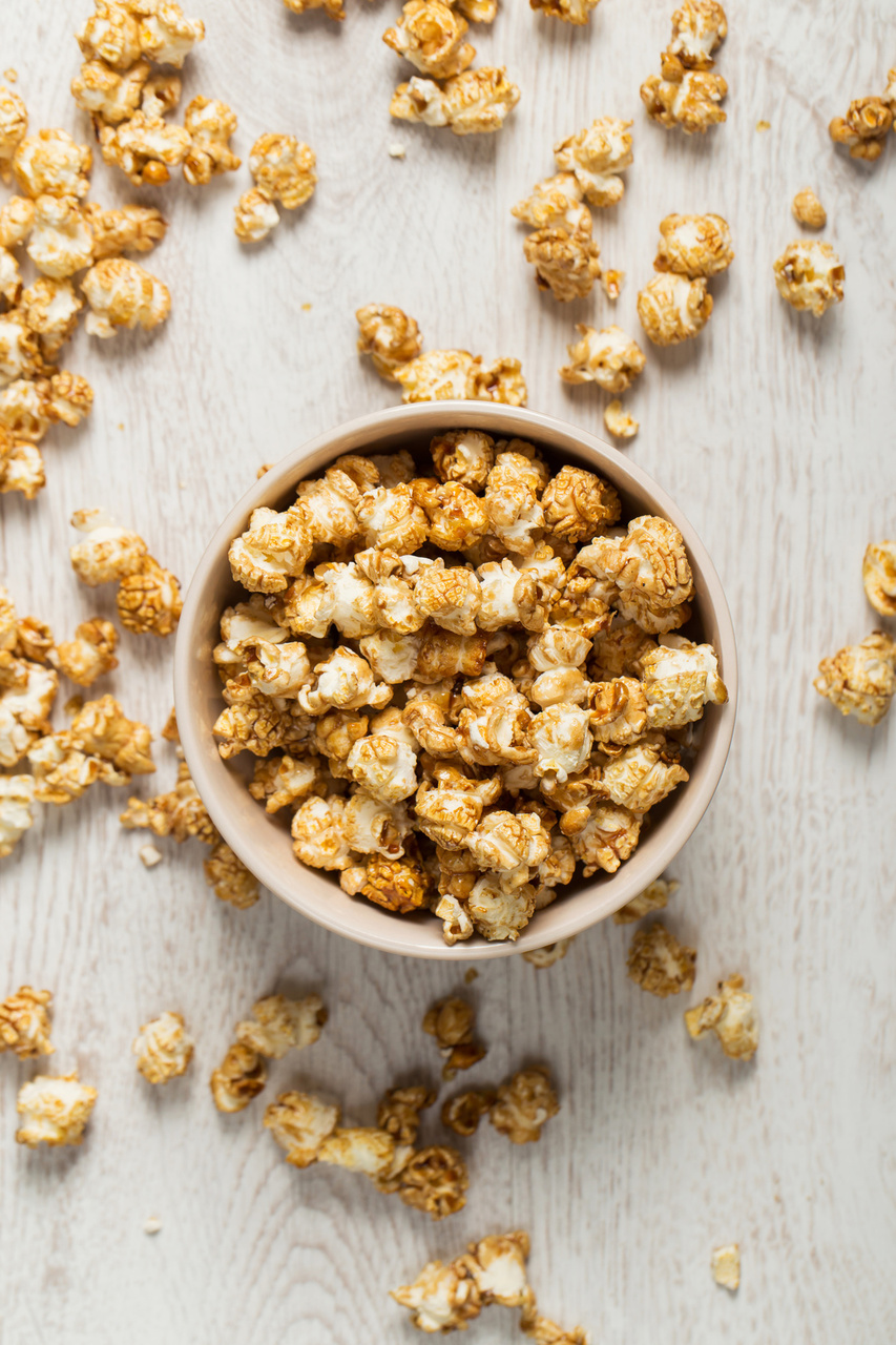 Oscars Party Planning Guide: Golden Caramel Corn Recipe