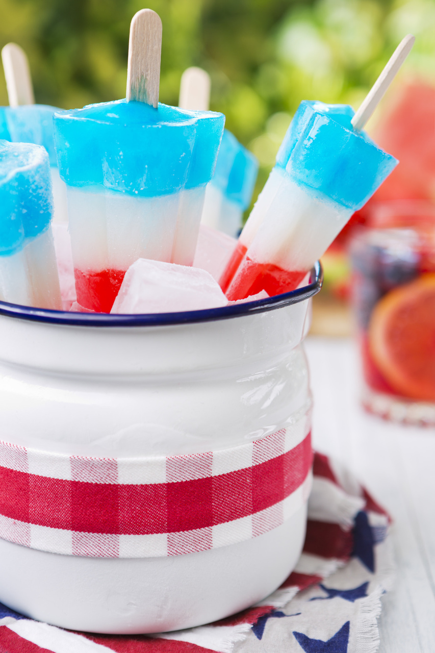 Kickoff Summer with a Memorial Day Cookout - Red White & Blue Popsicles