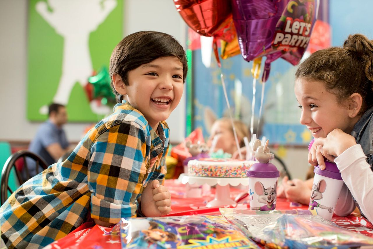 How to Plan the Best Chuck E Cheese Birthday Party