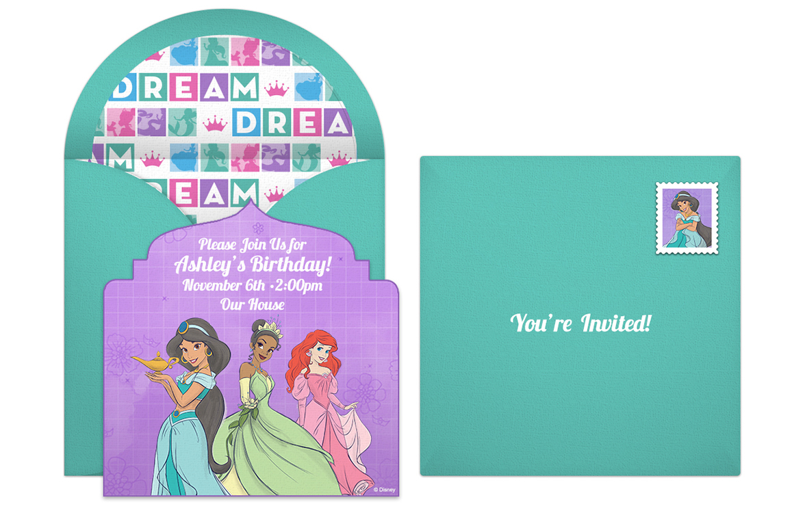 If Your Childs Birthday Falls During The Holiday Season Disney Princess Winter Invitation Is A Great Way To Celebrate Features Aurora