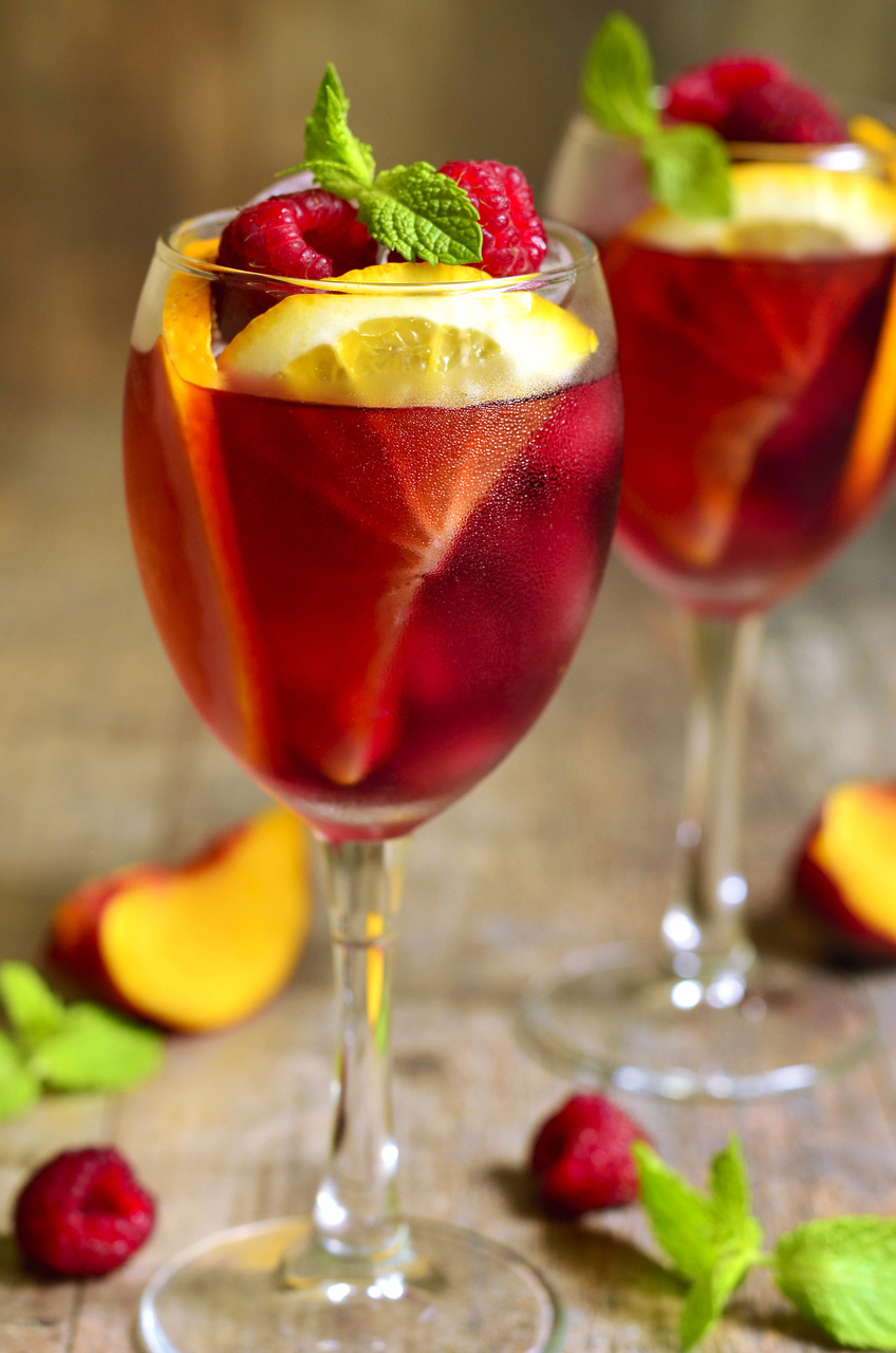 7 summer cocktail recipes for Fruity mixed drinks recipes
